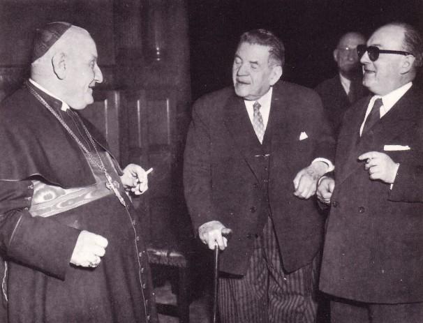 Roncalli el buen papa, homenajeado por los masones.