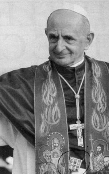 "Paulo VI usando o ""ephod""."