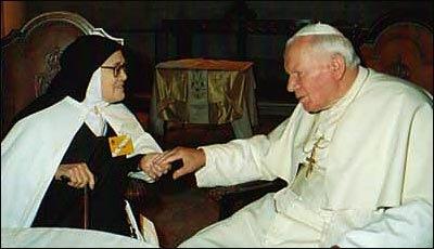 Irmã Lúcia e João Paulo II