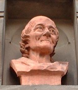 Busto de Voltaire