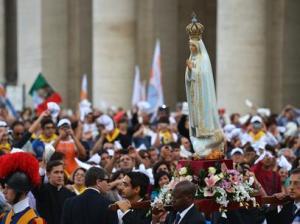Imagem da Virgem de Fátima no Vaticano