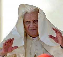 ratzinger-papa-benedetto-207470_tn